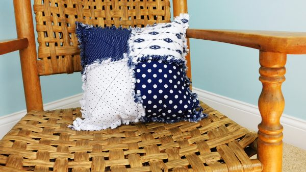 navy-and-white-pillow