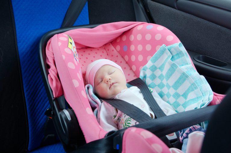 Rear-facing-safety-seat