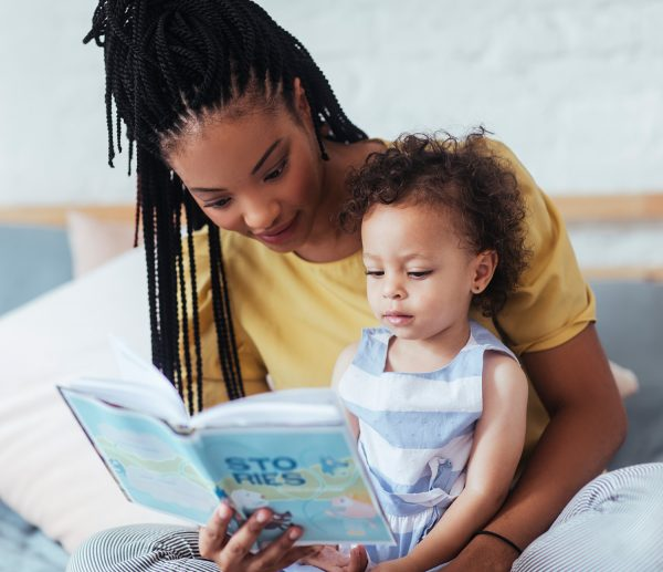 reading-to-toddler